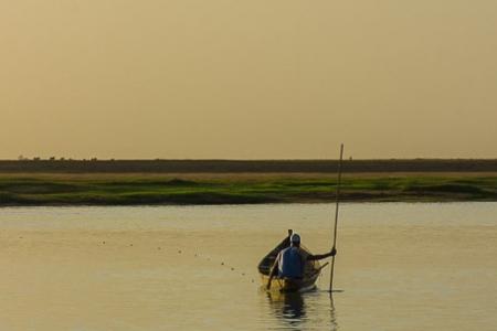 Setting the fishing net